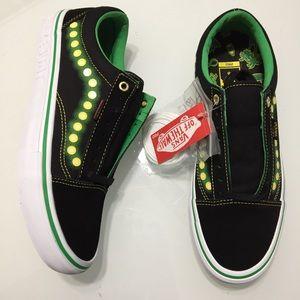 NEW Vans Old Skool Shake Junt Black Green Skate